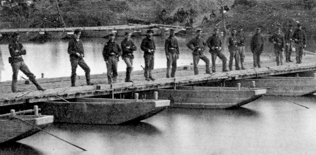 The 15th New York Engineers photographed with their pontoon bridges at Franklin's Crossing, Virginia in May 1863. (via Mysteries & Conundrums)